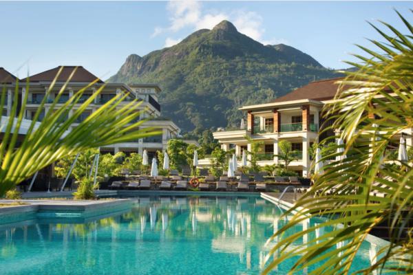 private-ocean-islands-savoy-resort-spa